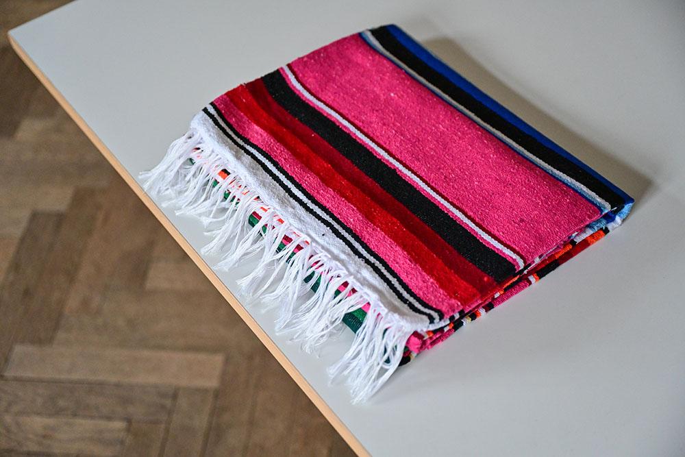Handgewebte Baumwolldecke Pink